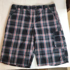 ⭐️ 3 for $25 Columbia boys plaid shorts XL (18-20)